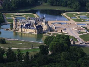 chateau-de-chantilly-3.jpg
